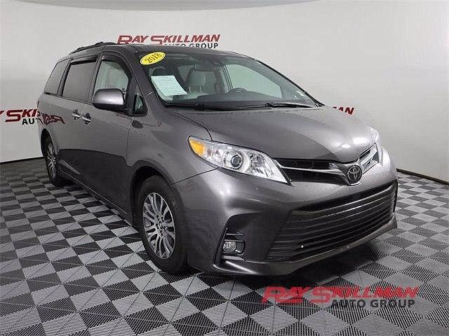 2018 Toyota Sienna XLE for sale in Indianapolis, IN