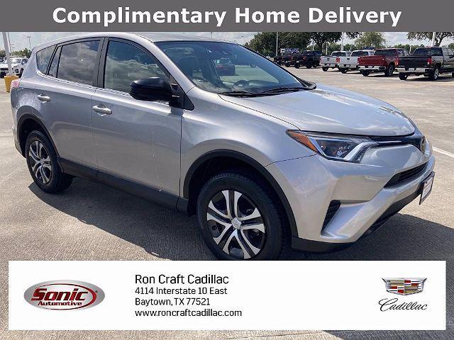 2018 Toyota RAV4 LE for sale in Baytown, TX