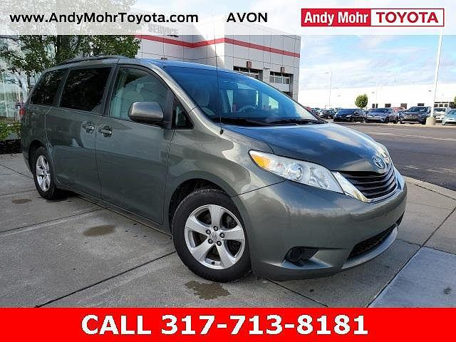 2011 Toyota Sienna LE for sale in Avon, IN