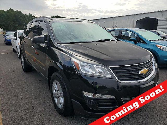 2017 Chevrolet Traverse LS for sale in Streetsboro, OH