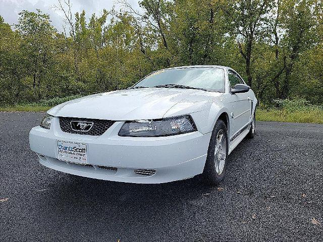2004 Ford Mustang Standard/Deluxe/Premium for sale in Kingsport, TN