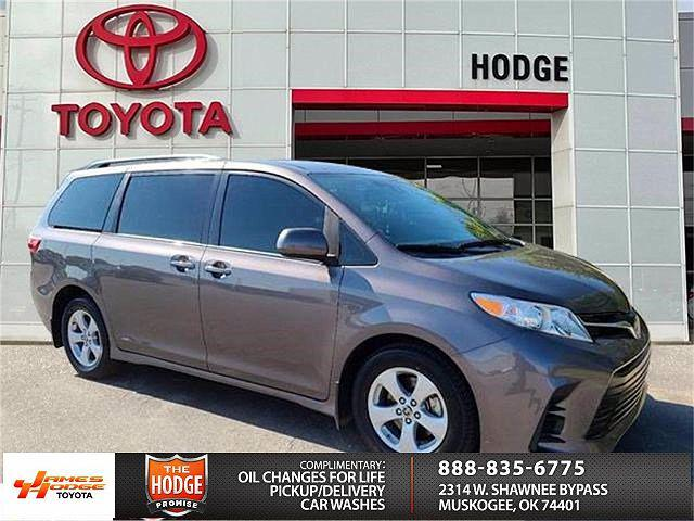 2020 Toyota Sienna LE for sale in Muskogee, OK