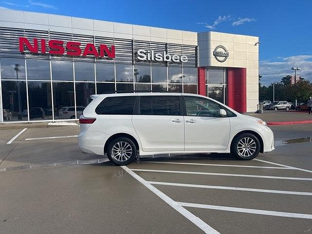 2018 Toyota Sienna XLE Auto Access Seat/XLE/XLE Premium/Limited/Limited Premium for sale in Silsbee, TX