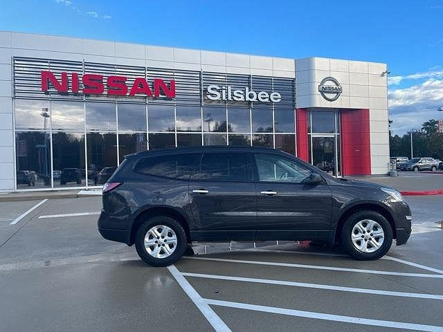 2016 Chevrolet Traverse LS for sale in Silsbee, TX