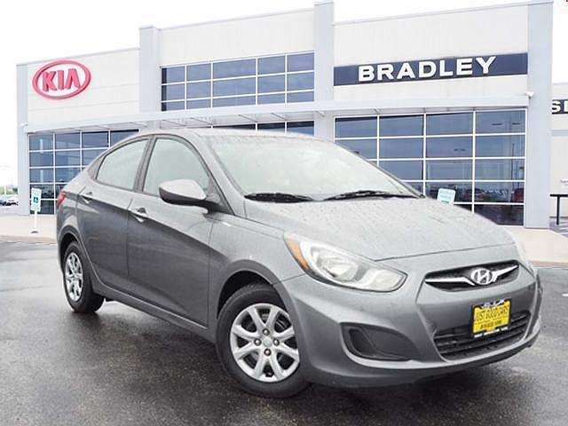 2013 Hyundai Accent for sale near Bradley, IL