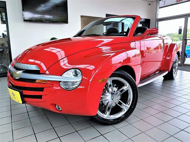2003 Chevrolet SSR LS for sale in Saint Charles, IL