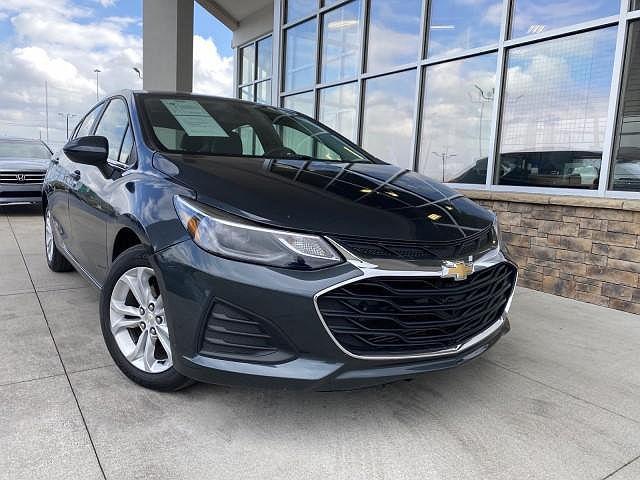 2019 Chevrolet Cruze LT for sale in Lexington, KY
