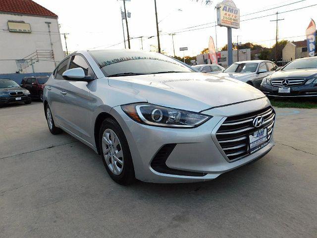 2017 Hyundai Elantra SE for sale in San Antonio, TX