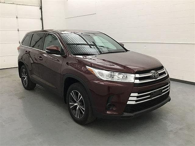 2019 Toyota Highlander LE for sale in Waterbury, CT