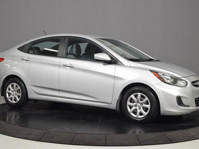2013 Hyundai Accent for sale near Glendale Heights, IL