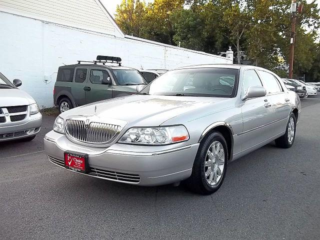 2007 Lincoln Town Car Signature Limited for sale in Fairfax, VA