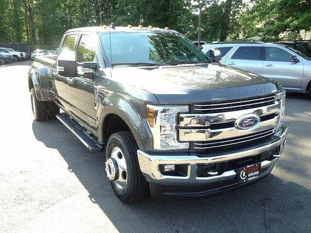 2019 Ford F-350 XL/XLT/LARIAT/King Ranch/Platinum/Limited for sale in Avenel, NJ