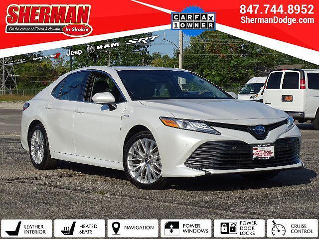 2018 Toyota Camry Hybrid XLE for sale in Skokie, IL