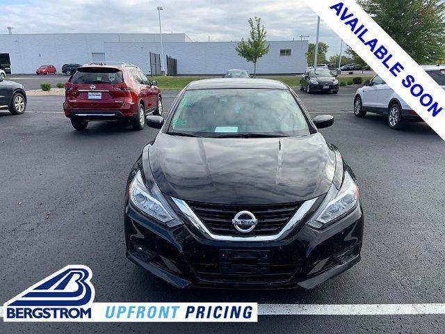 2018 Nissan Altima 2.5 SV for sale in Oshkosh, WI