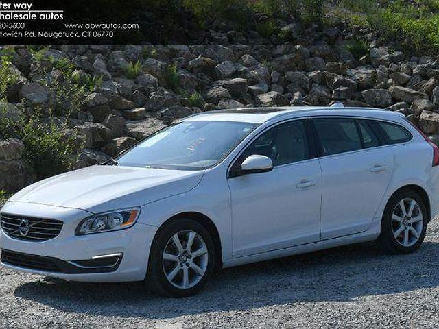 2017 Volvo V60 Premier for sale in Naugatuck, CT