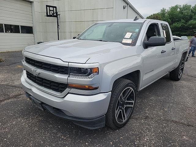 2017 Chevrolet Silverado 1500 Custom for sale in Blue Springs, MO