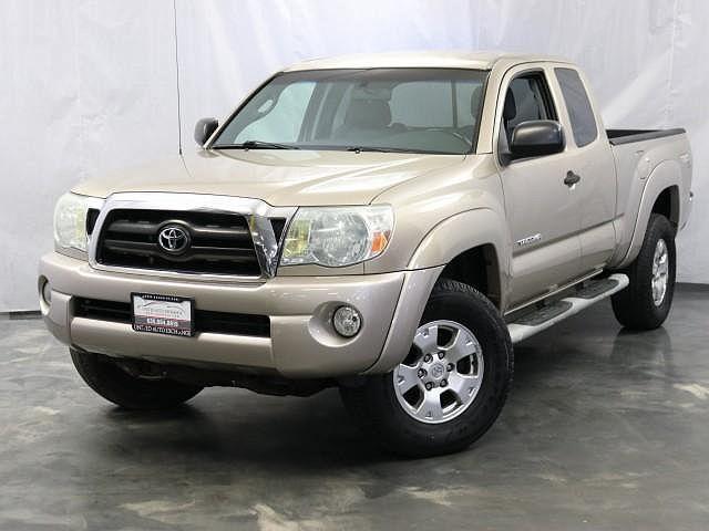 """2005 Toyota Tacoma Access 128"""" V6 Auto 4WD (Natl) for sale in Addison, IL"""