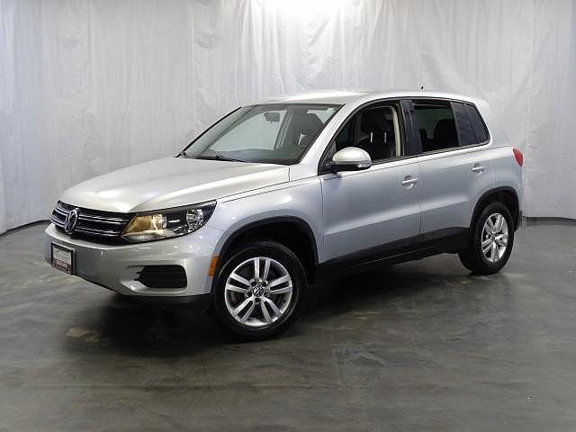2012 Volkswagen Tiguan LE for sale in Addison, IL