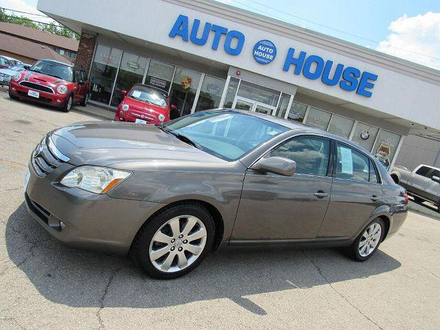2006 Toyota Avalon XL for sale in Downers Grove, IL