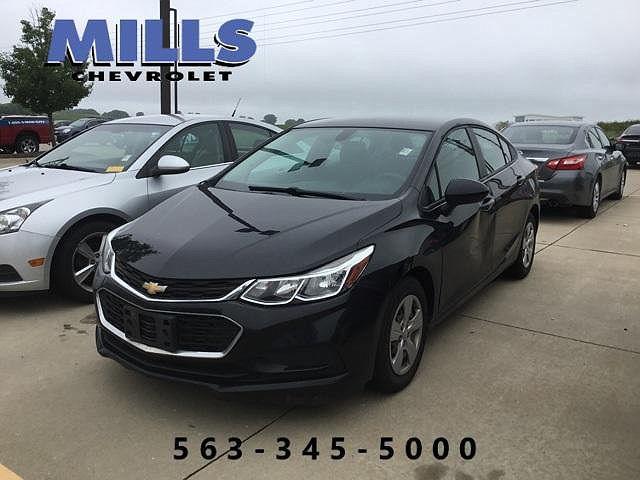 2017 Chevrolet Cruze LS for sale in Davenport, IA
