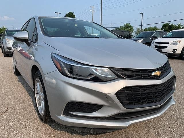 2018 Chevrolet Cruze LT for sale in Florence, KY