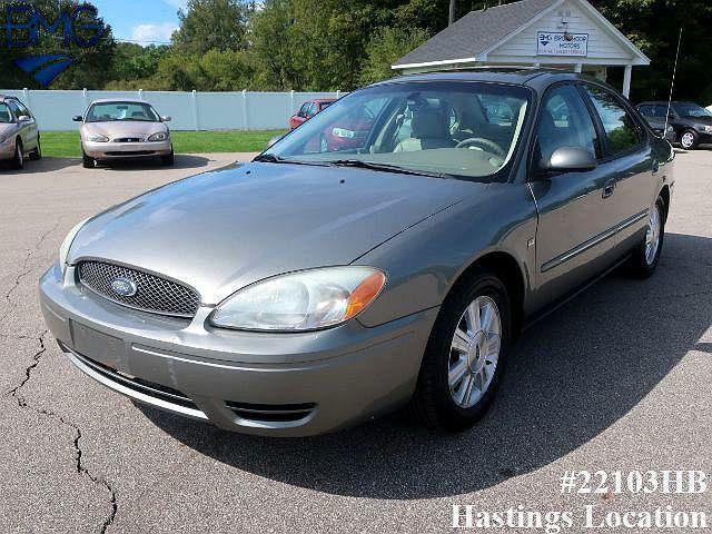 2004 Ford Taurus SEL for sale in Hastings, MI