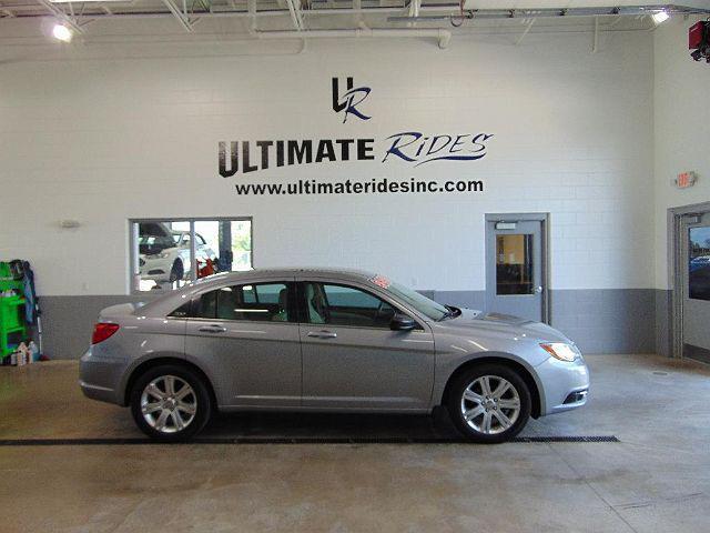 2013 Chrysler 200 LX for sale in Appleton, WI