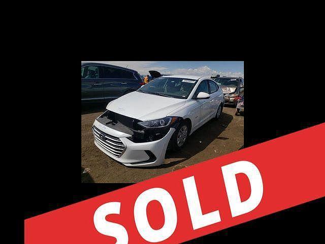 2017 Hyundai Elantra SE for sale in Miami, FL