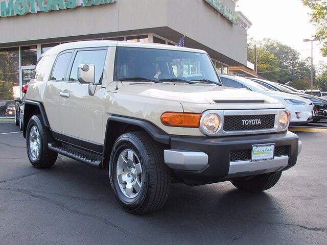 2008 Toyota FJ Cruiser 4WD 4dr Auto (Natl) for sale in Fairfax, VA