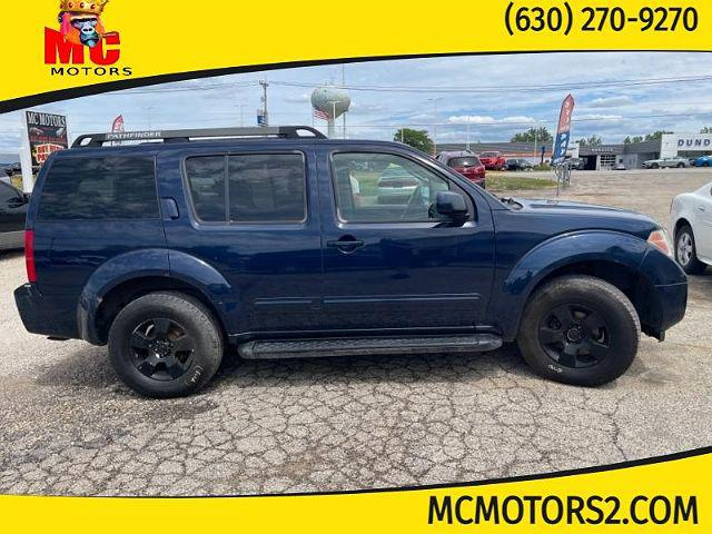 2006 Nissan Pathfinder SE for sale in East Dundee, IL