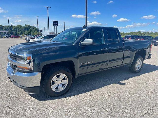 2017 Chevrolet Silverado 1500 LT for sale in Belleville, IL