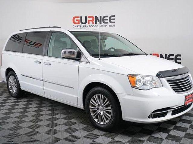 2015 Chrysler Town & Country Touring-L for sale in Gurnee, IL