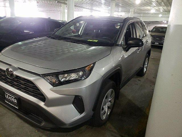 2020 Toyota RAV4 LE for sale in Chicago, IL