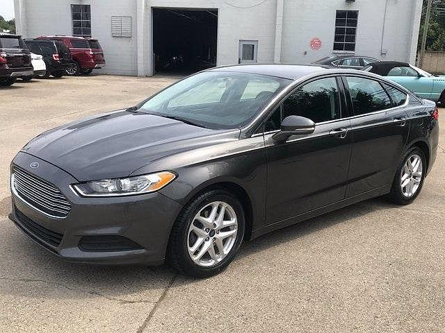2016 Ford Fusion SE for sale in Ferndale, MI