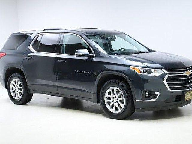 2018 Chevrolet Traverse LT Cloth for sale in Twinsburg, OH