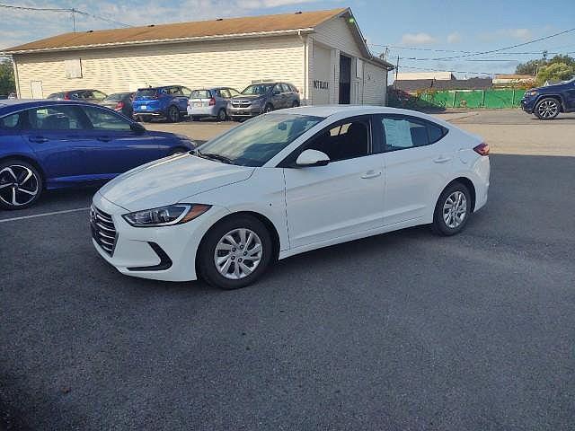 2018 Hyundai Elantra SE for sale in Massillon, OH