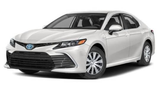 2022 Toyota Camry Hybrid LE for sale in Waukegan, IL