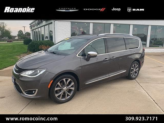 2017 Chrysler Pacifica Limited for sale in Roanoke, IL