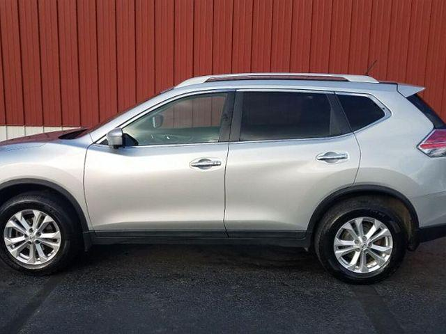 2015 Nissan Rogue SV for sale in Indiana, PA