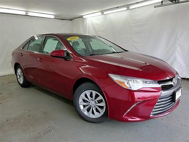 2017 Toyota Camry LE for sale in Chicago, IL