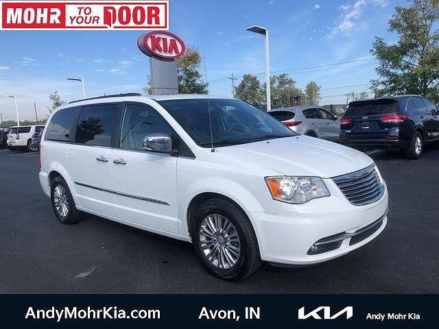 2016 Chrysler Town & Country Touring-L Anniversary Edition for sale in Avon, IN