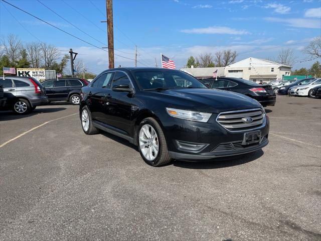 2013 Ford Taurus SEL for sale in Quakertown, PA