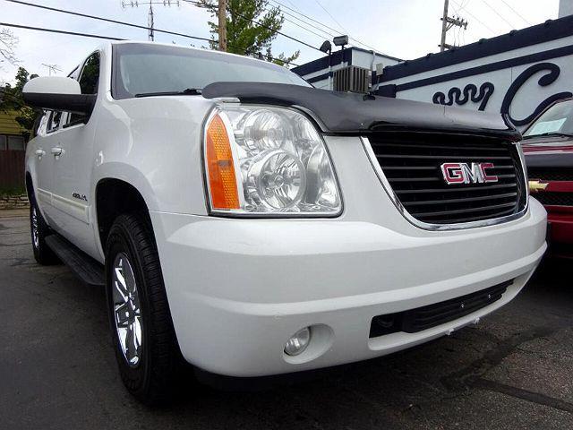 2010 GMC Yukon XL for sale near Milwaukee, WI