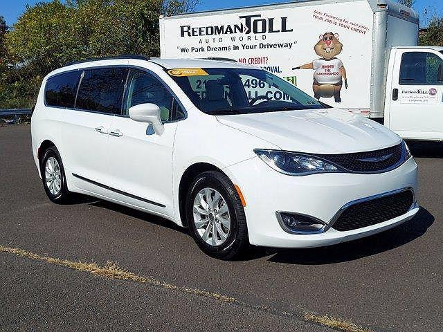 2017 Chrysler Pacifica Touring-L for sale in Langhorne, PA
