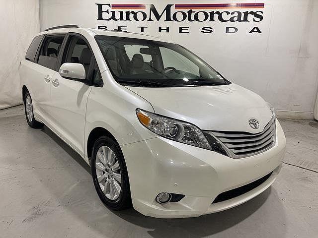 2013 Toyota Sienna XLE/Ltd for sale in Bethesda, MD