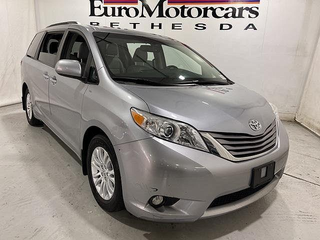 2017 Toyota Sienna XLE Auto Access Seat/XLE/XLE Premium/Limited/Limited Premium for sale in Bethesda, MD