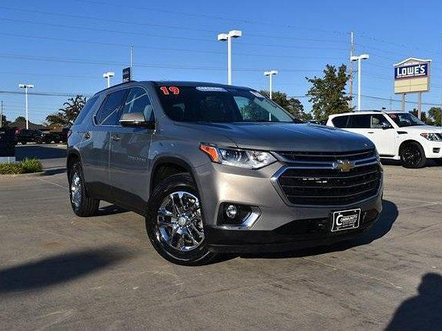 2019 Chevrolet Traverse LT Cloth for sale in Waterloo, IA