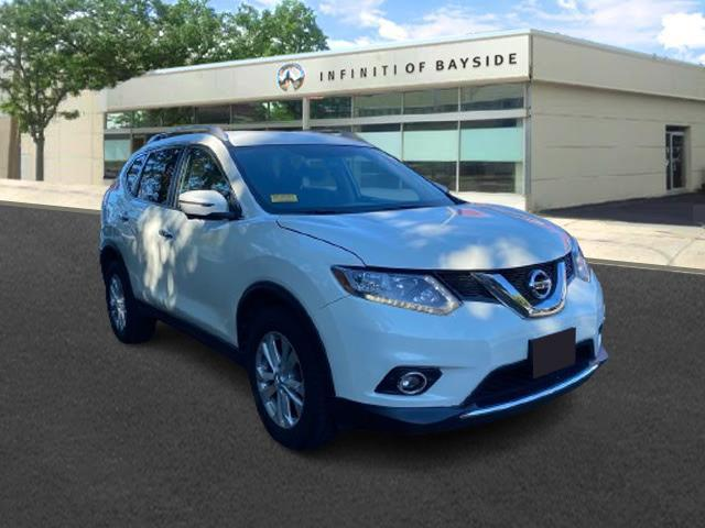 2016 Nissan Rogue SV [0]