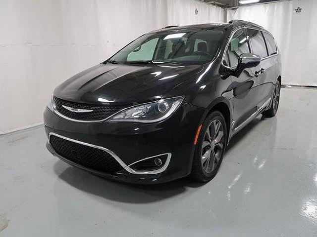 2019 Chrysler Pacifica Limited for sale in Utica, NY