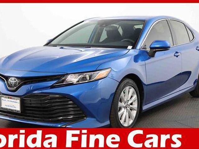 2020 Toyota Camry LE for sale in Miami, FL